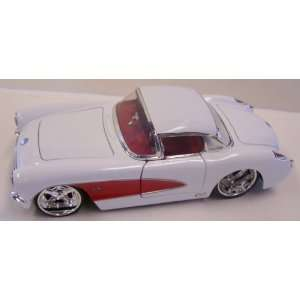 Jada Toys 1/24 Scale Diecast Big Time Muscle 1957 Chevy