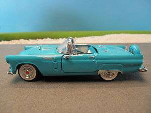 Franklin Mint Diecast 1956 Ford Thunderbird Car Blue (No Box) 143