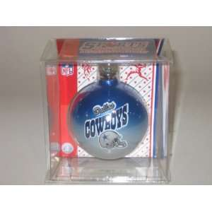 DALLAS COWBOYS (2 5/8 In Diameter) Multi Color CHRISTMAS