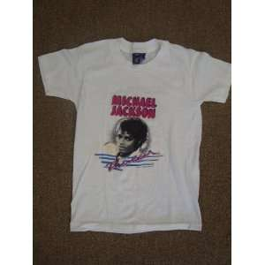 VINTAGE MICHAEL JACKSON TEE SHIRT SIZE 10 12 CHILD