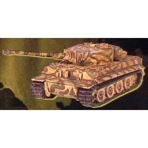 15mm German Tiger IE Tank Green and Brown Camo (5) Toys