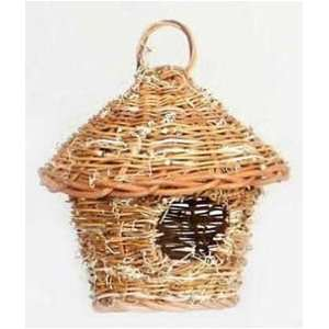 Prevue Pet Products Thathed Hut Bird Nest