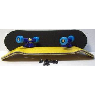 4CFB Complete Wooden Fingerboard with Bearing Wheels HC Mold