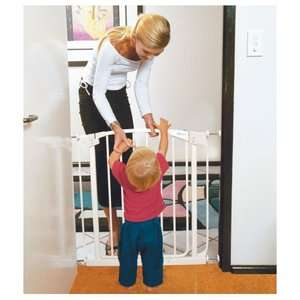 Dream Baby Swing Closed Safety Gate in White Health & Safety